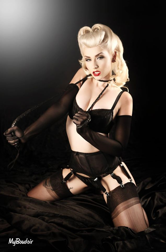 Pin up My Boudoir : Romanie Smith