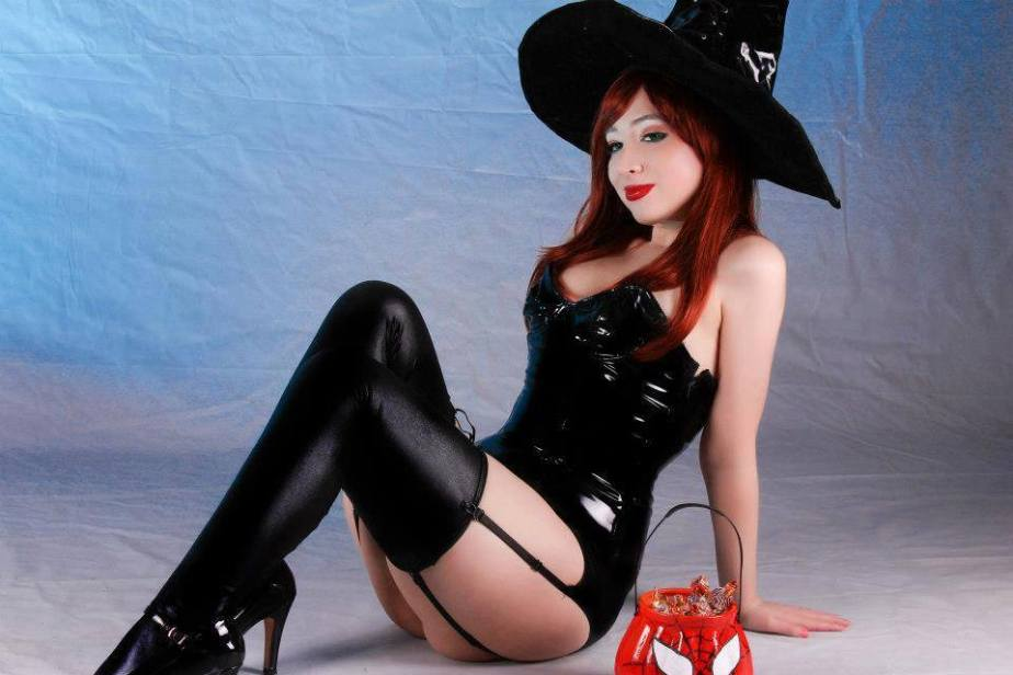 20150105_Sexy_Witches_2