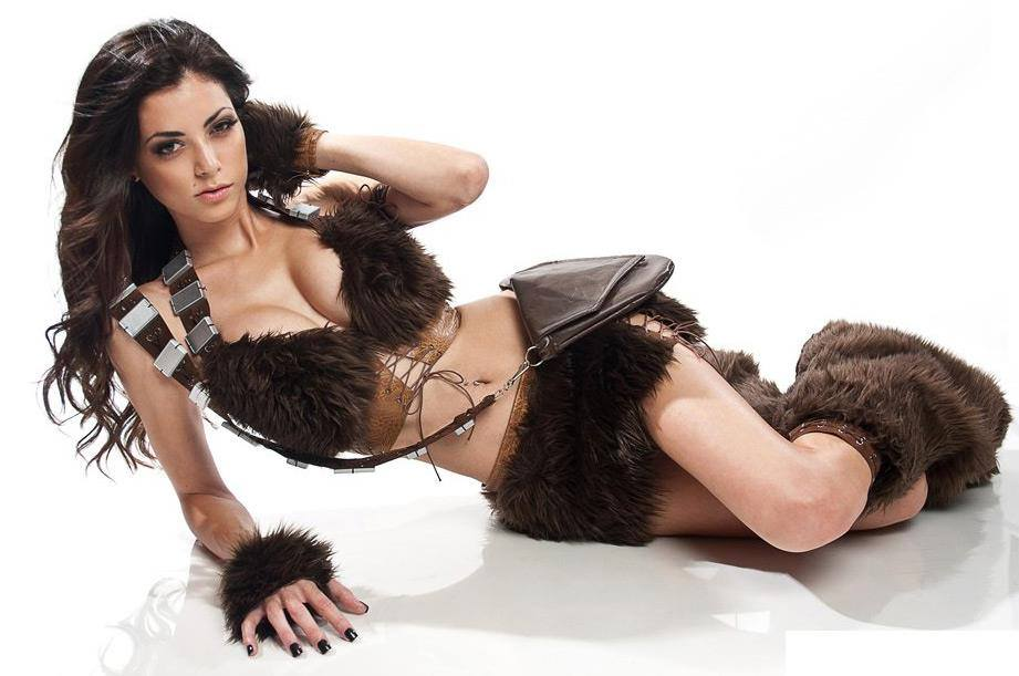 Sexy Chewbacca cosplay