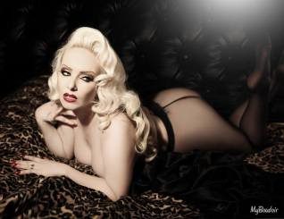 Pin up @My Boudoir : October Divine