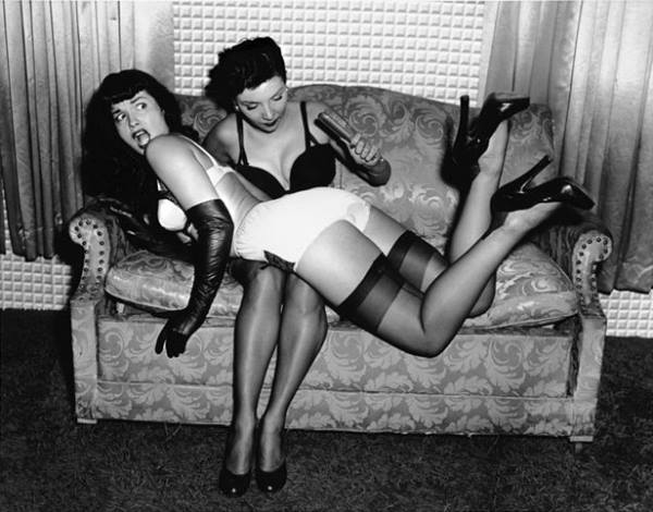 20150127_PinUp_BettiePage_04