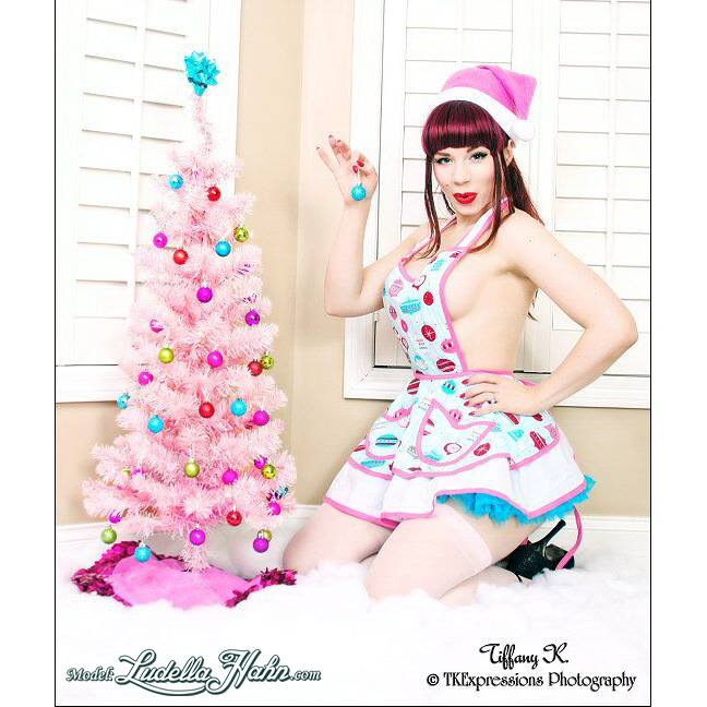 20150128_PinUp_LudellaHahn_02