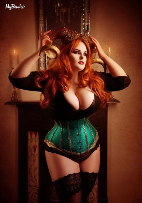 20150130_PinUp_EvieWolfe_12