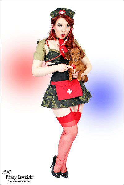 20150216_PinUp_LudellaHahn_18