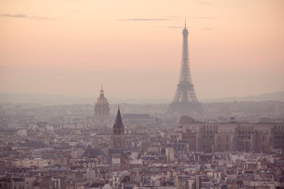 Paris Takes Cars Off the Road to Fight Smog