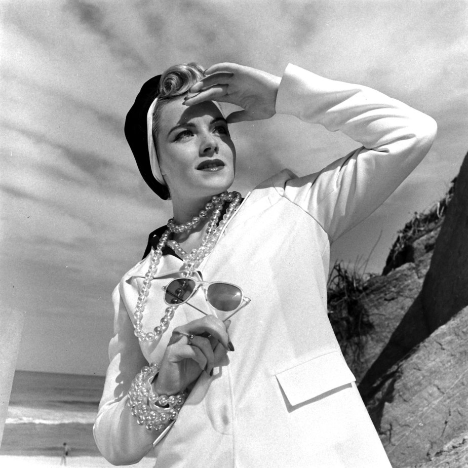 1940s Fashion Tip: Don't Leave Home Without aHat