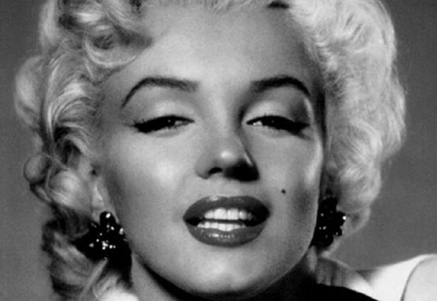 marylin_monroe_portrait_n_b_reference