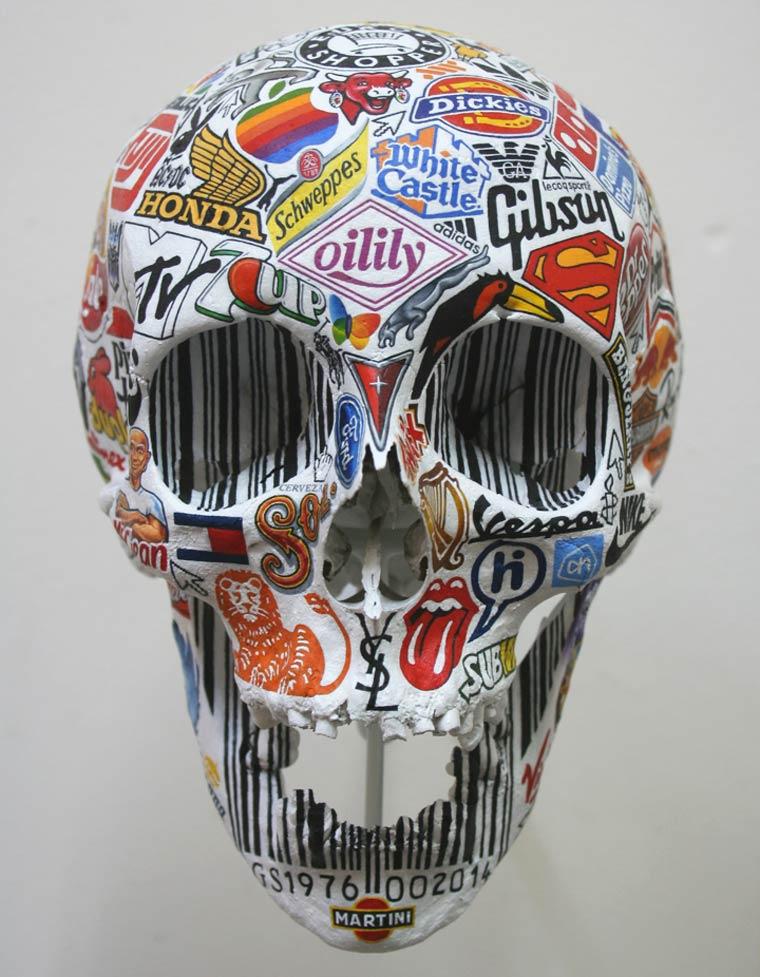 20150817 – Arts  – Illustrer les 7 péchés capitaux avec des crânes et des logos de marques célèbres par Gurt Swanenberg |Ufunk.net
