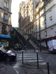 Quartier Caulaincourt /Custine, escalier vers le sacré coeur :)