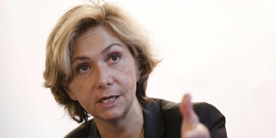 """Pécresse menace d'augmenter le prix du pass Navigo avec """"une taxe Valls"""""""