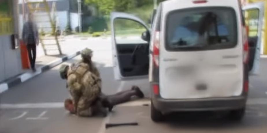 Ukraine : que sait-on de l'arrestation du Français suspecté de préparer 15 attentats ?