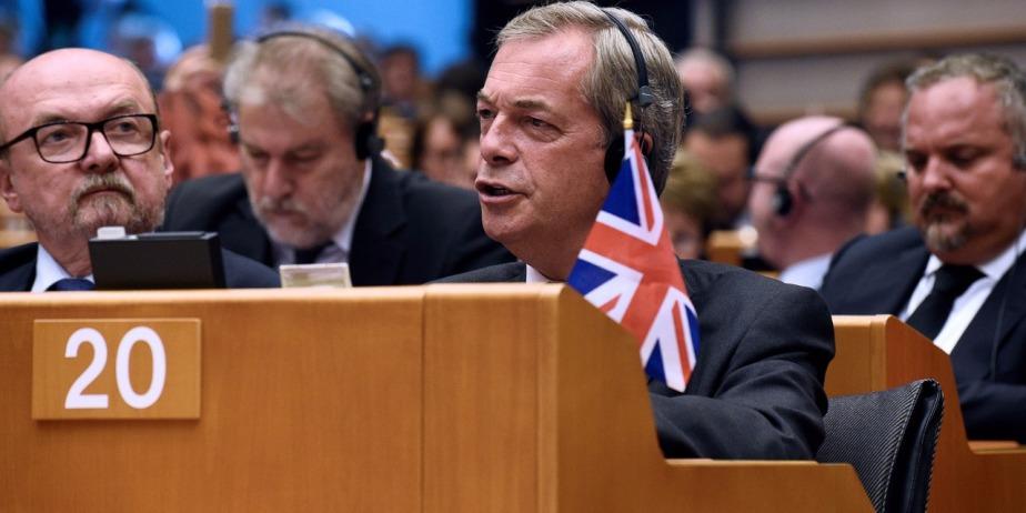 Royaume-Uni : Nigel Farage démissionne de la tête du parti Ukip