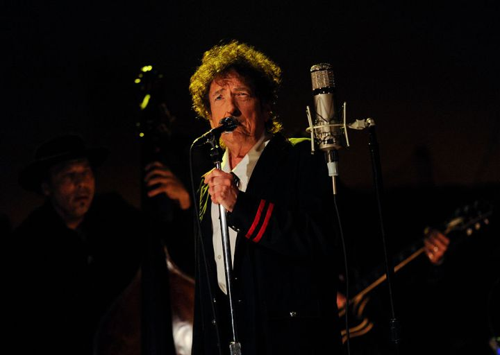20161017 – The Nobel Prize Panel Has Stopped Trying to Reach Bob Dylan — TIME